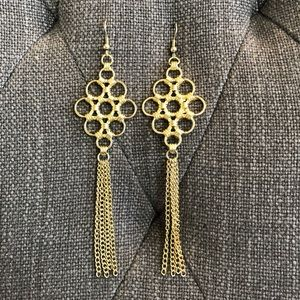 Gold clustered circles/tassels dangle earrings